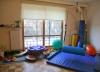 Sala do zajęć integracji sensorycznej nr 1 - konik, podwieszany basen z piłeczkami
